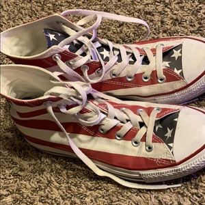 Stars and Stripes High top converse.